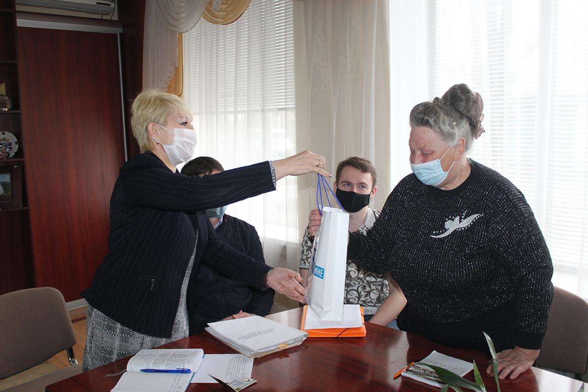 Информационный час, посвященный Дню донора, состоялся в Славяносербске 3
