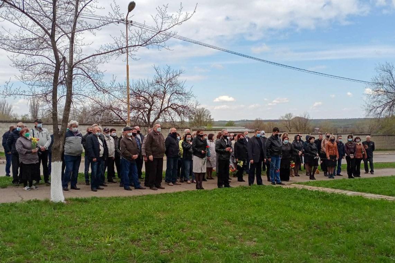 В ЛНР прошли мероприятия ко Дню участников ликвидации последствий радиационных аварий и катастроф и памяти жертв этих аварий и катастроф