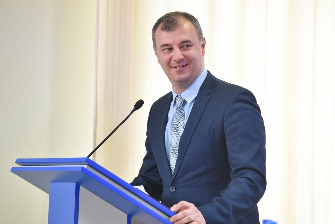 Глава ЛНР встретился c участниками ОД «Мир Луганщине» 8