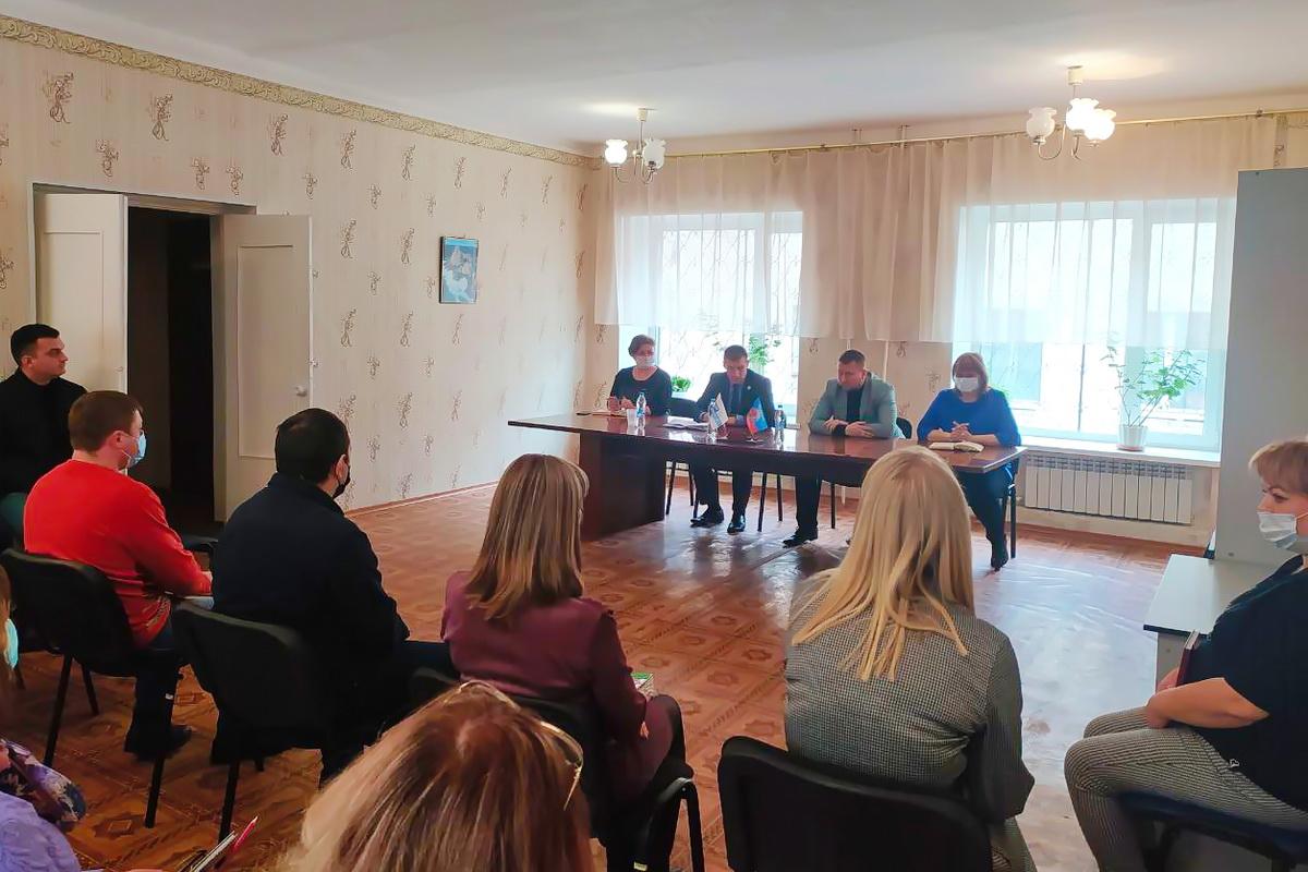 Денис Мирошниченко встретился с активом первичного отделения № 3 в Первомайске