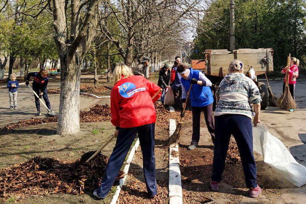 Активисты ОД «Мир Луганщине» Славяносербского района провели три субботника 3
