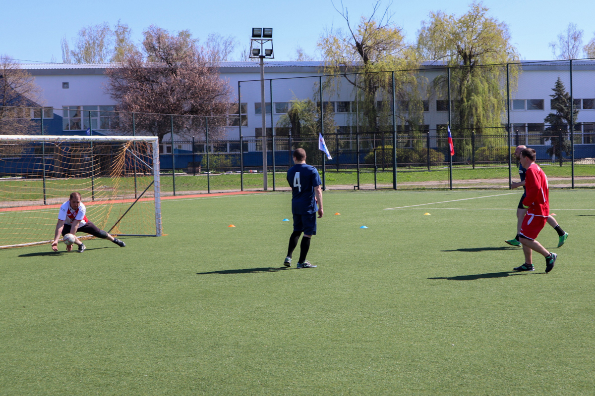 В Луганске состоялся турнир по мини-футболу «Рабочая молодёжь Луганщины»