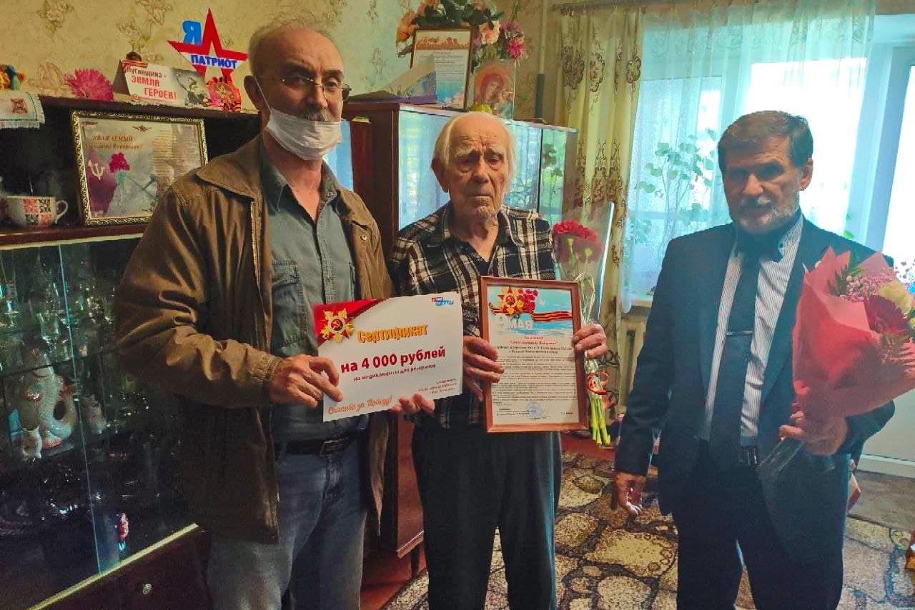 Праздничные встречи с участниками Великой Отечественной войны «Ветераны – наша гордость» прошли в Кировске