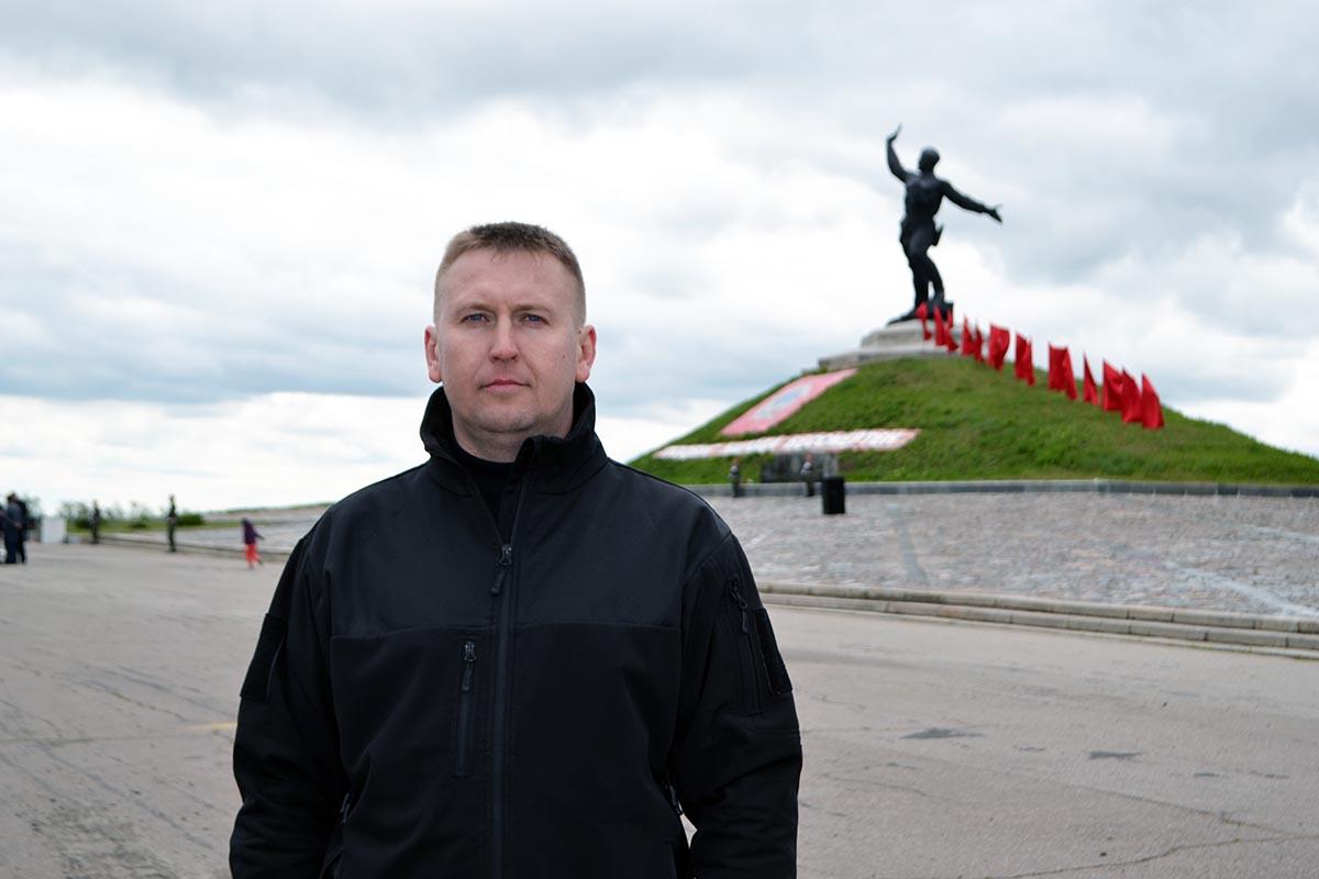 У памятника «Комбату» развернули 300-метровую Георгиевскую ленту 3