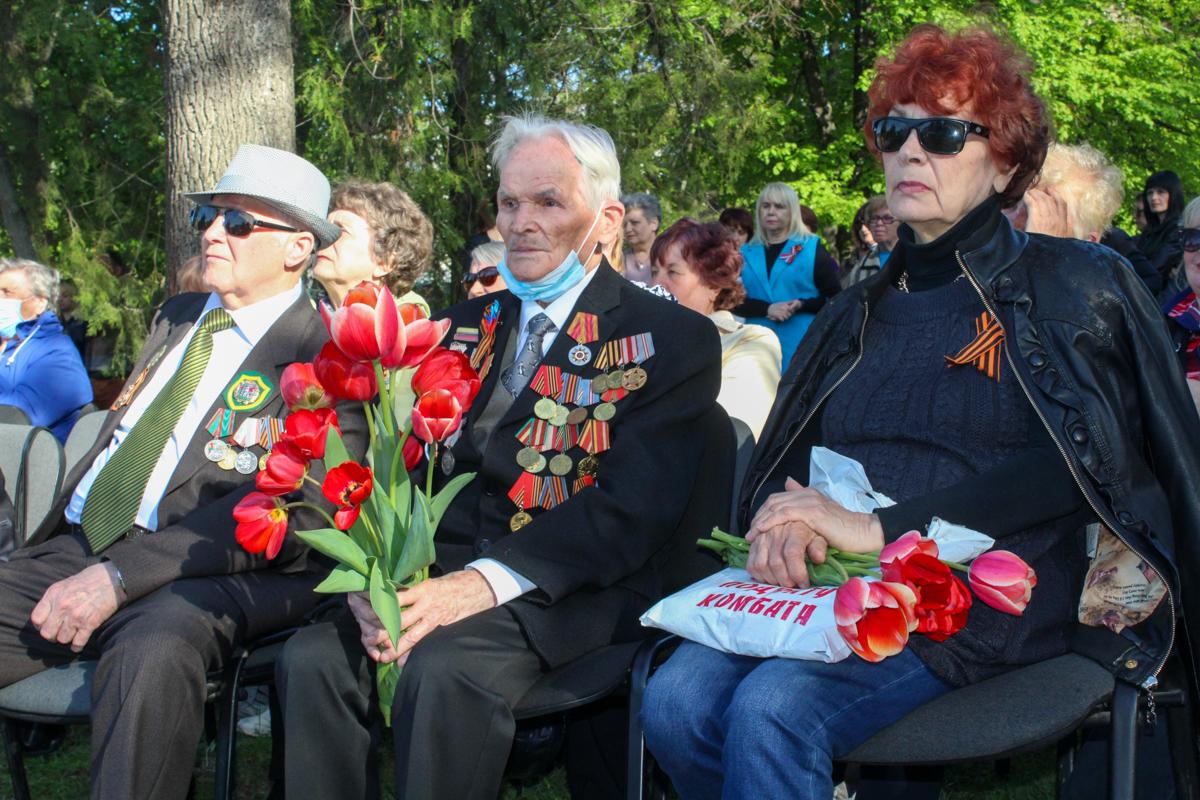 Фестиваль патриотической песни ко Дню Победы состоялся в Славяносербске