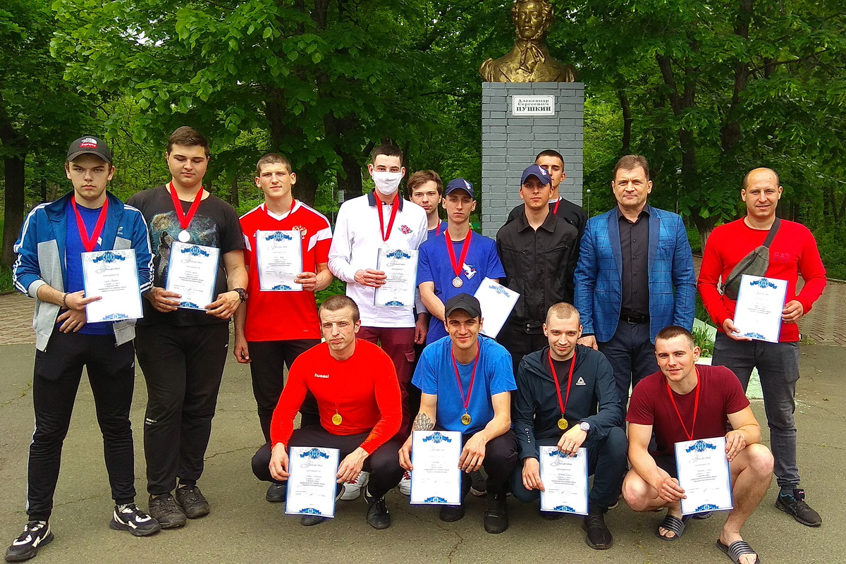 Активисты проекта «Дружина» провели «Братские игры» в Алчевске