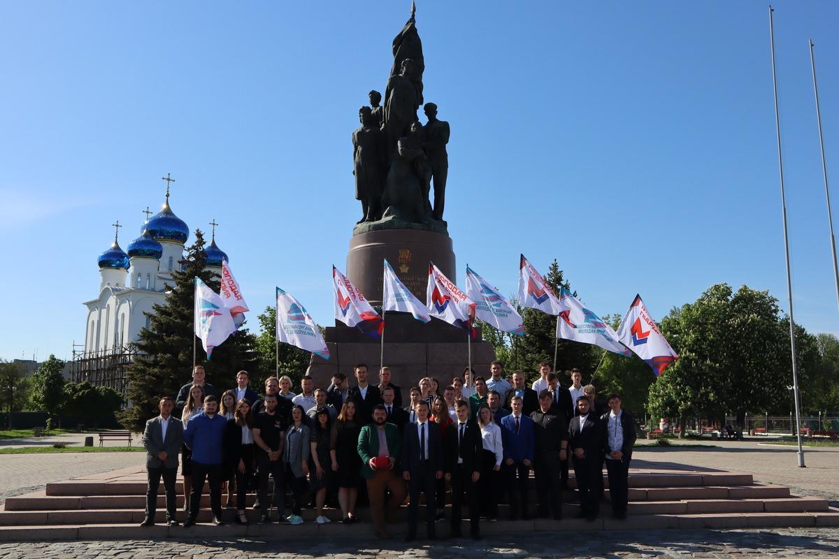 Молодёжь ЛНР и ДНР подписала соглашение о сотрудничестве и провозгласила манифест 7