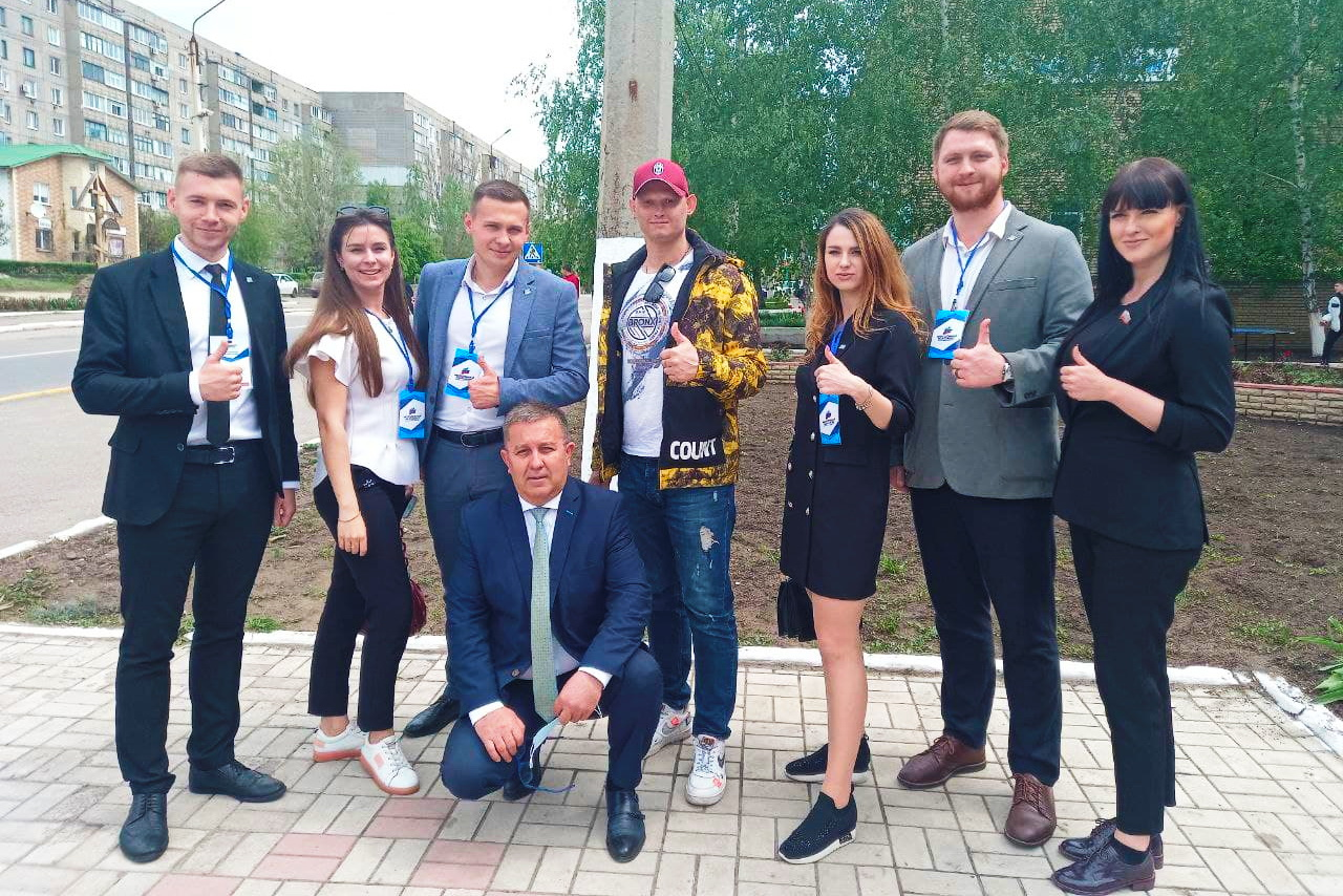 Наблюдатели из ДНР посетили избирательный участок в Перевальске