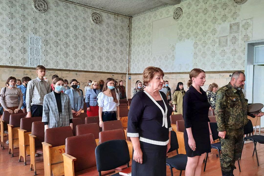 О событиях, происходящих в Донбассе в 2014 году, рассказали школьникам Антрацита 2