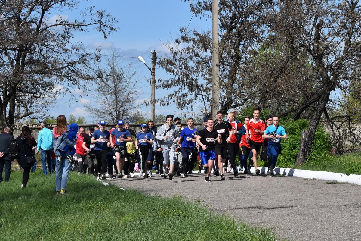 Легкоатлетический забег «Мы помним!» в честь Дня Победы провели в Брянке