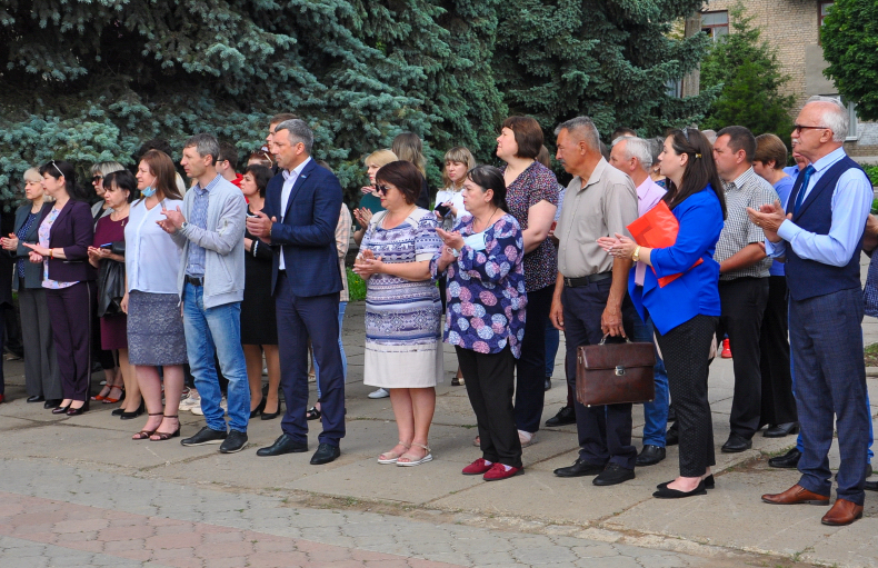 В Свердловске состоялся торжественный митинг, посвящённый Дню России