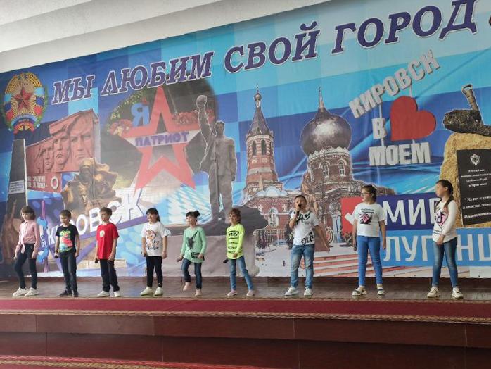 В Кировске поздравили работников социальной сферы 1