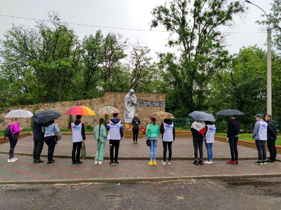 В Перевальске прошла акция «Ангелы», посвящённая Международному дню невинных детей-жертв агрессии