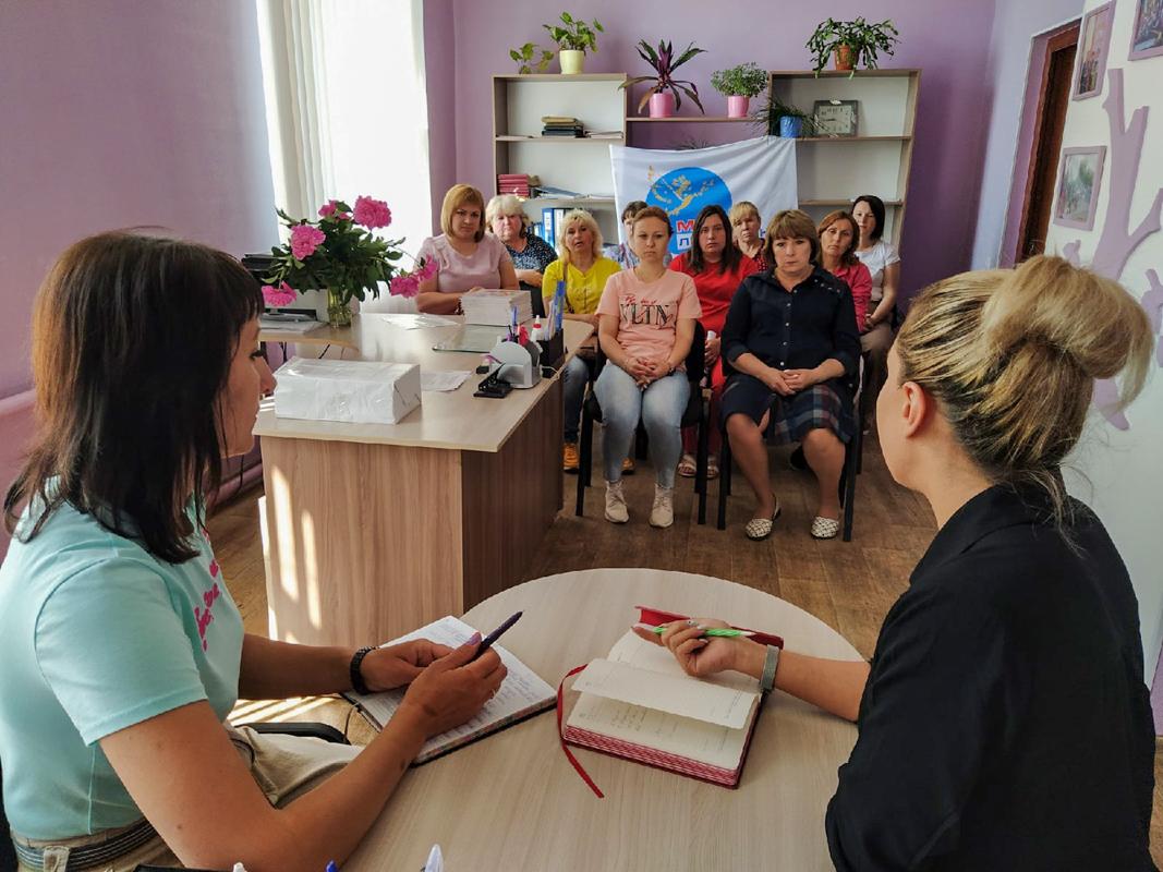В Малоивановке прошла встреча с активистами ОД «Мир Луганщине» и местными жителями