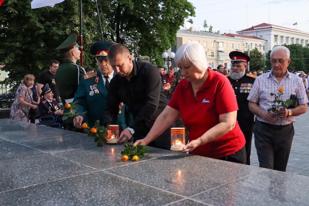 В ЛНР на рассвете почтили память погибших во время Великой Отечественной войны 4