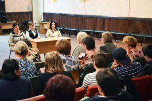 В рамках проекта «Парламентский час» депутаты Народного Совета ЛНР провели встречу с жителями Калиново