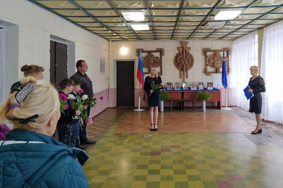 В ЛНР состоялись памятные мероприятия к 7-й годовщине авиаудара ВСУ по центру Луганска 4