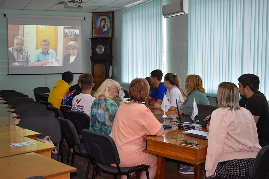 В первой половине июня работники теротделений ОД «Мир Луганщине» провели 13 онлайн-встреч