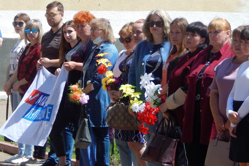 В Молодогвардейске прошла церемония возложения цветов, посвященная 95-летию со дня рождения Героя СССР Олега Кошевого 1