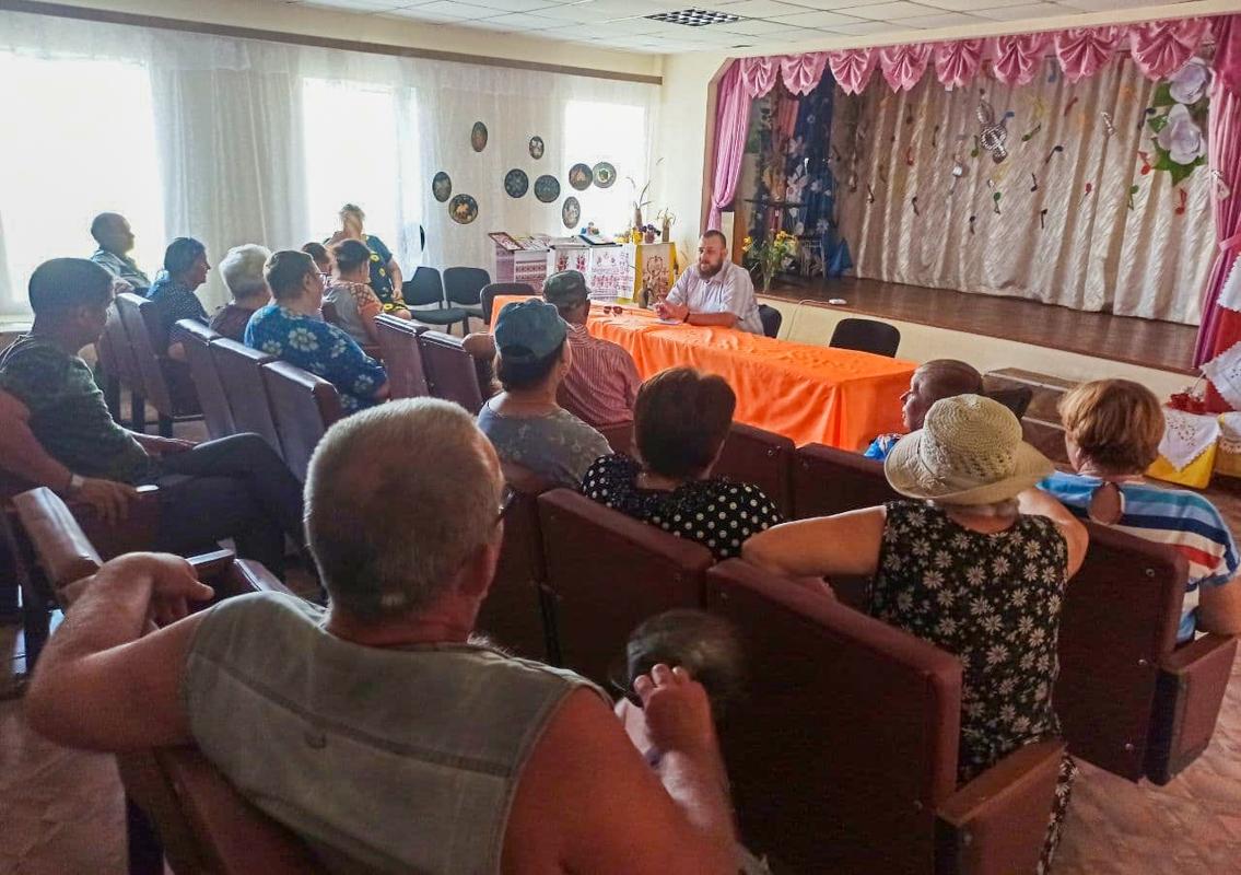 Депутат Ивана Санаева встретился с активом села Поповка в рамках проекта «Парламентский час»