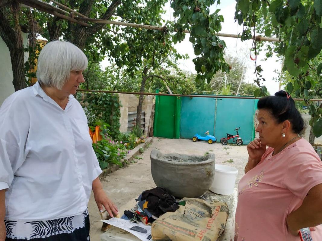 Светлана Гизай посетила аллею памяти погибшим воинам Великой Отечественной войны, заложенную в селе Долгое