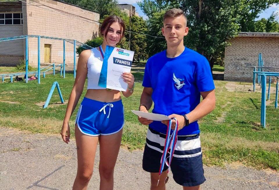 Соревнования по кроссфиту прошли в Славяносербске