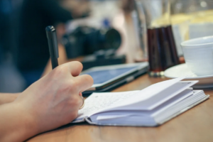 """Я пишу """"живые"""" материалы для людей – участница конкурса """"Хорошие новости Донбасса"""" из Алчевска 2"""