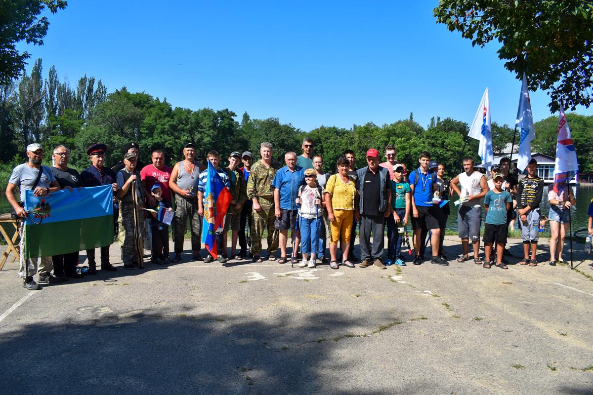 В Брянке прошли соревнования по рыбной ловле 3