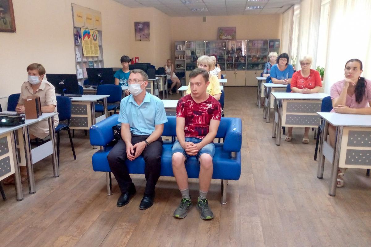 Час памяти «Помним. Артобстрел города Луганска 18.07.2014» провели в Алчевске