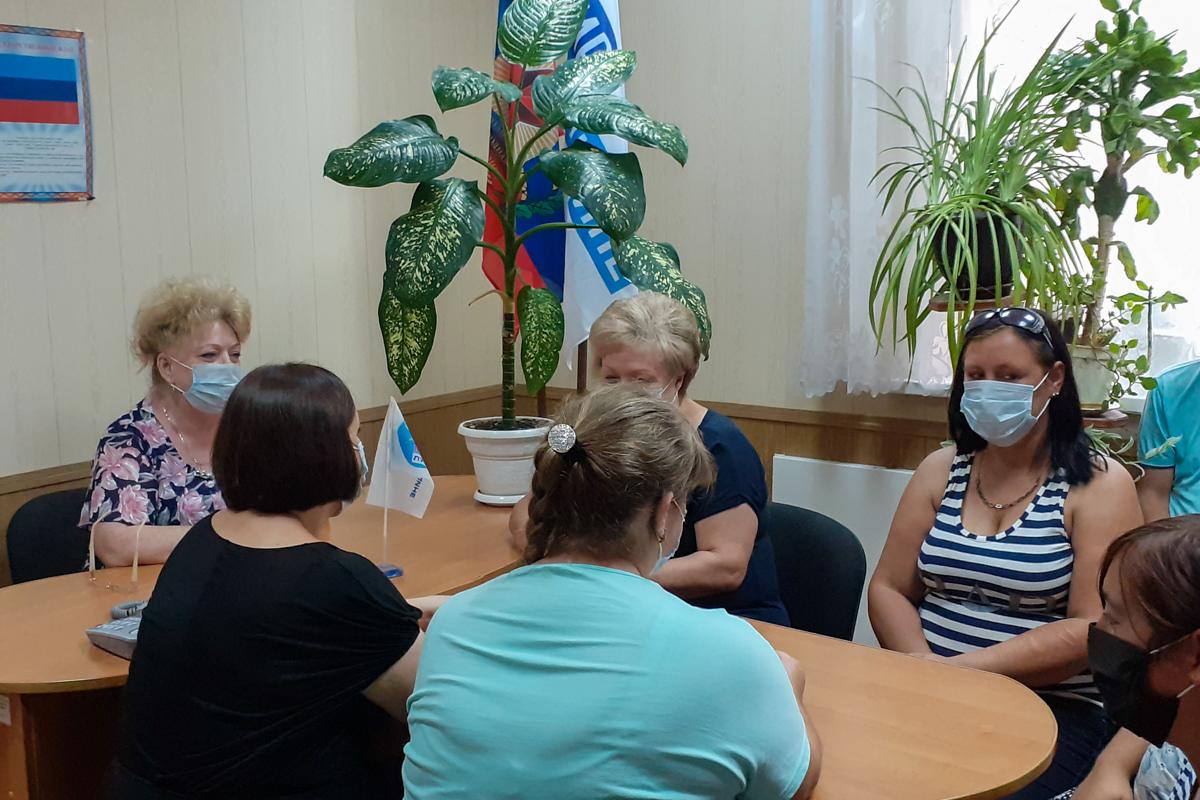 В посёлке Крепенский состоялась встреча активистов ОД «Мир Луганщине»