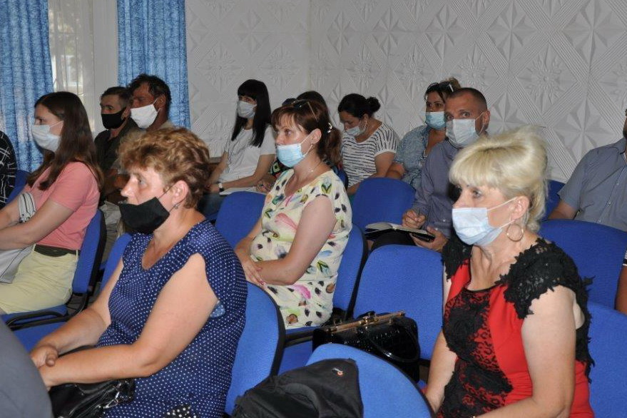 Денис Мирошниченко встретился с жителями города Ирмино