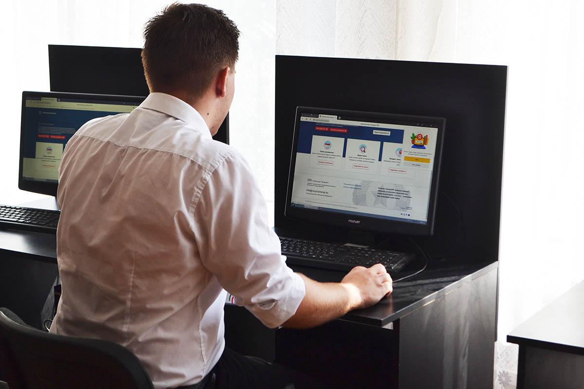 В Республике открылся 141 инфоцентр, где можно подать заявку на участие в голосовании на выборах в Госдуму РФ 5