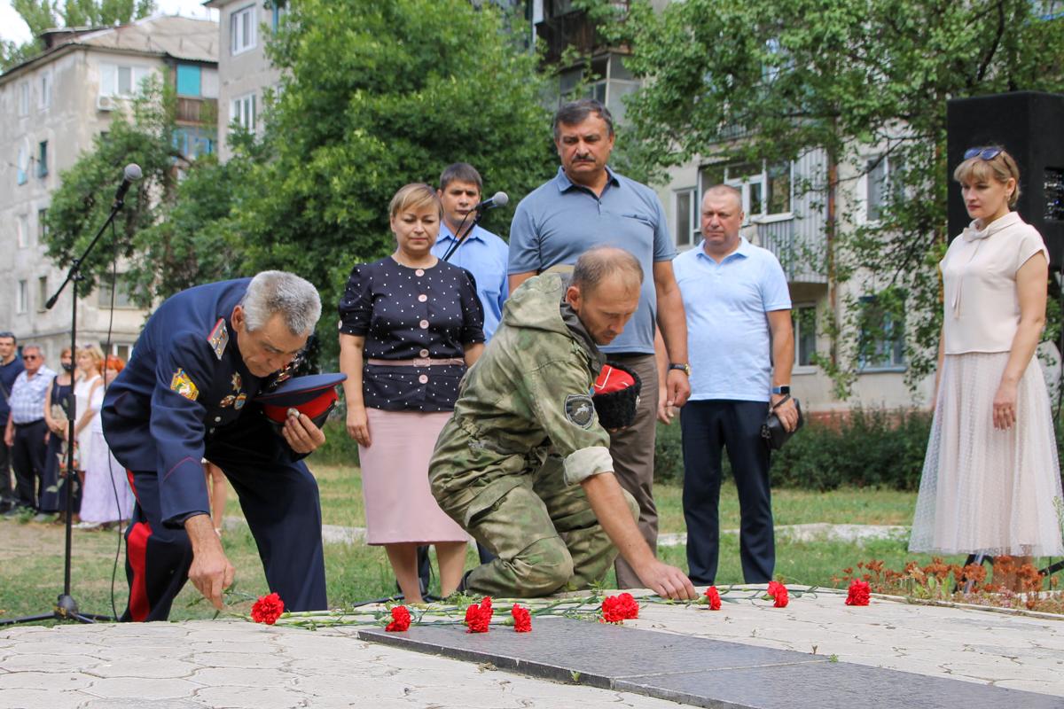 Память жертв украинской агрессии почтили в Антраците