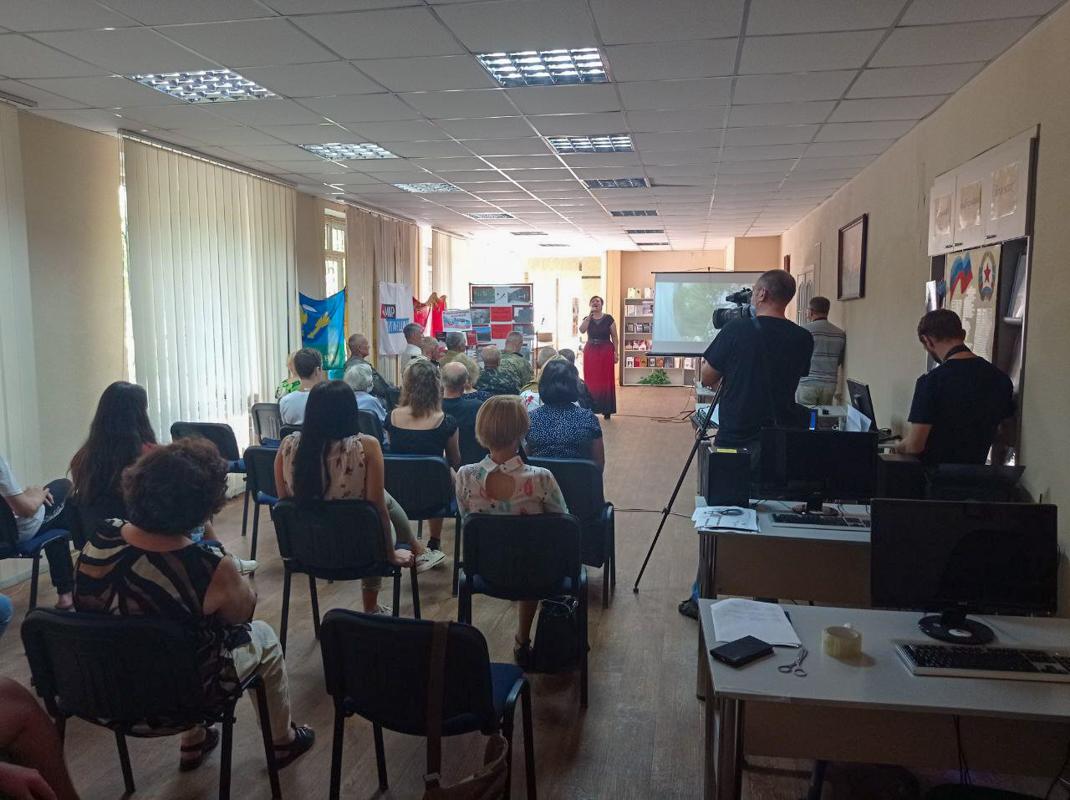 В Алчевске состоялся час памяти, посвященный артобстрелу города Алчевска 28 августа 2014 года