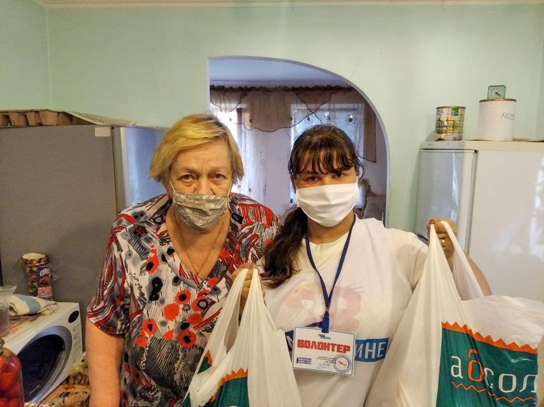 В рамках акции «Рука помощи» волонтёры помогли 23 жителям ЛНР