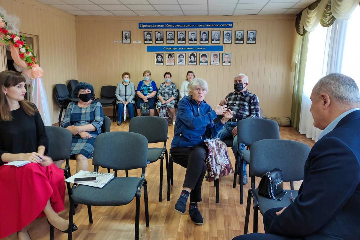Депутат Вячеслав Светлов встретился с жителями Свердловского района в рамках проекта «Парламентский час»