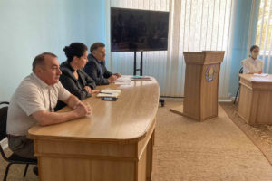 Депутаты в рамках проекта «Парламентский час» встретились с жителями Ленинского района города Луганска