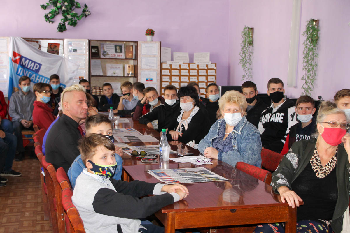 В Антраците прошёл круглый стол«Страницы блокадного Ленинграда»