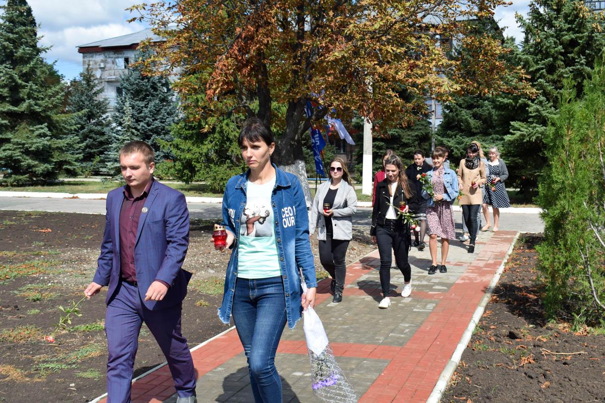 Первомайские активисты почтили память неизвестных солдат