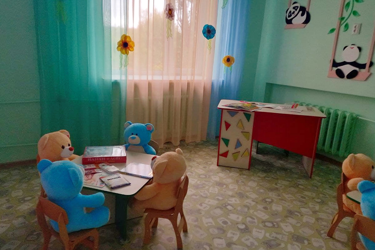 В Перевальске открыли игровую зону для самых маленьких пациентов районной больницы